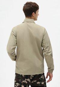 Dickies - OAKPORT COACH - Summer jacket - khaki - 2