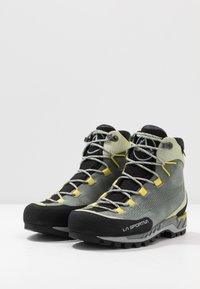 La Sportiva - TRANGO TECH WOMAN GTX - Hiking shoes - clay/celery - 2