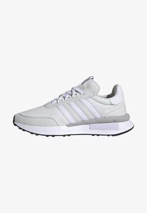 Sneaker low - crystal white/ftwr white/purple tint
