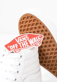 Vans - SK8 PLATFORM  - High-top trainers - true white - 7