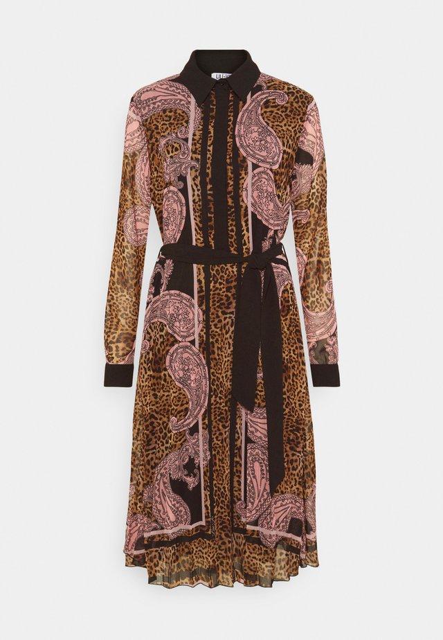 ABITO LUNGO - Shirt dress - camel