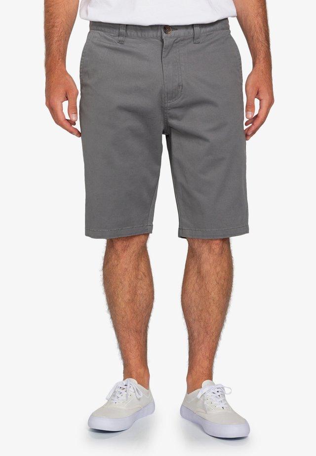 HOWLAND  - Shorts - pewter