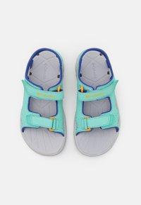 Columbia - YOUTH TECHSUN VENT UNISEX - Walking sandals - aquarium/bright marigold - 3