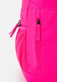 Nike Sportswear - ELEMENTAL - School set - hyper pink/viotech - 4