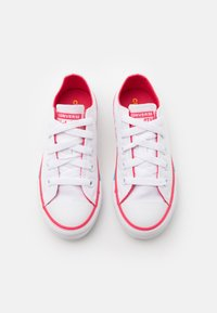 Converse - CHUCK TAYLOR ALL STAR - Trainers - white/carmine pink - 3