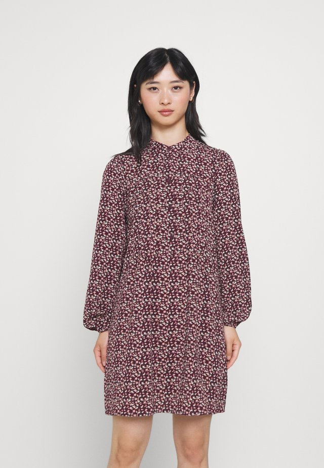 VMSAGA PLEAT SHORT DRESS - Skjortekjole - port royale