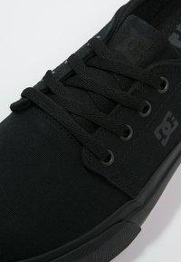 DC Shoes - TRASE - Obuwie deskorolkowe - black - 5