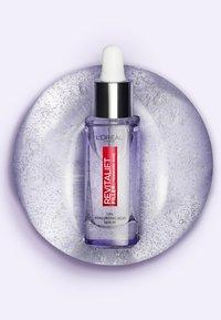 L'Oréal Paris Skin - REVITALIFT FILLER ANTI-FALTEN SERUM - Serum - - - 2