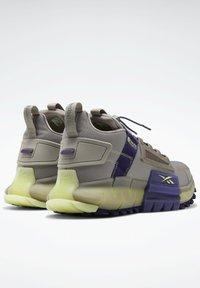 Reebok - Sneakers - grey - 3