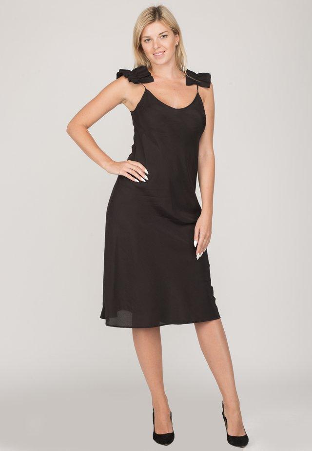 ALINA - Korte jurk - black