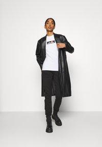 Ellesse - OMBRA - T-shirts print - white - 1