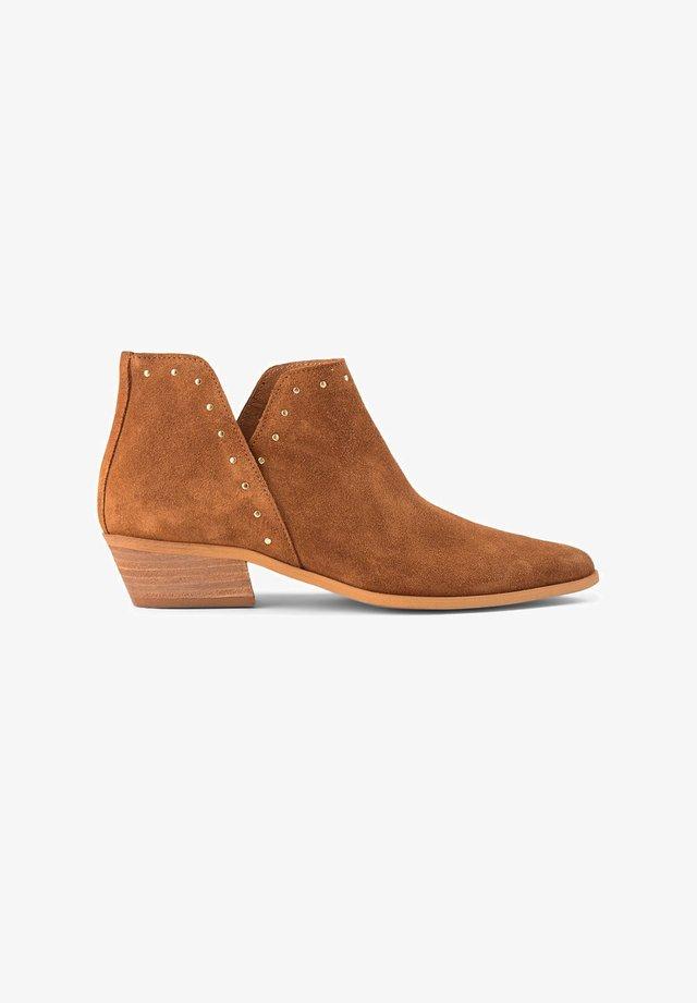 SOFIA V STUDS S - Boots à talons - braun