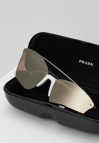 Prada Linea Rossa - Solbriller - gunmetal/dark brown mirror/gold - 2