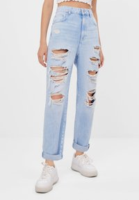 Bershka - MOM MIT RISSEN - Jeans Relaxed Fit - blue - 0