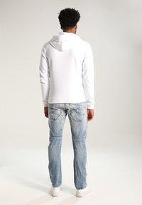 YOURTURN - Jersey con capucha - white - 2
