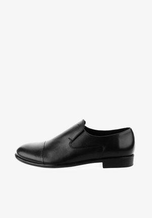 SALIONZE  - Loaferit/pistokkaat - black mat