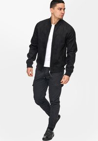 INDICODE JEANS - FORT WAYNE - Giacca in similpelle - black
