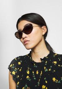 Dolce&Gabbana - Sunglasses - brown/gold-coloured - 1