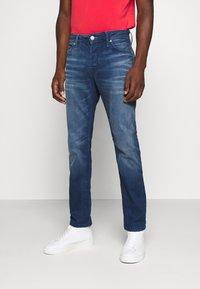 Jack & Jones - TIM ORIGINAL  - Jeans slim fit - blue denim - 0