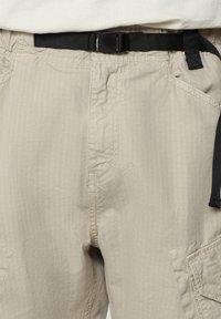 Napapijri - M-HONOLULU - Cargo trousers - natural beige - 5
