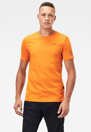 TEXT GR SLIM SHORT SLEEVE - T-shirt print - bright carrot