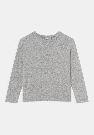 NKFVICTI - Svetr - grey melange