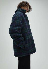 PULL&BEAR - Fleece jacket - dark blue - 3