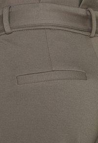 Vero Moda Tall - VMEVA PAPERBAG PANT - Trousers - bungee cord - 2