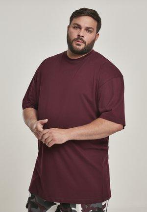 TALL TEE - Jednoduché triko - redwine