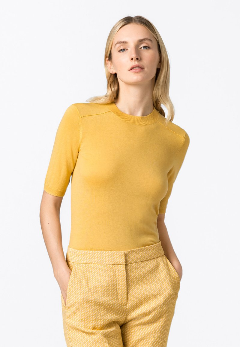 HALLHUBER - Basic T-shirt - safran