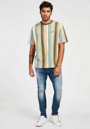 STREIFENMUSTER - T-shirt z nadrukiem - mehrfarbig, grün