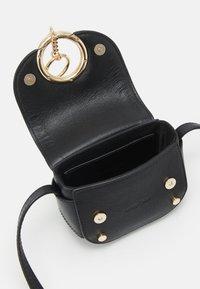 See by Chloé - Mara mini shoulder bag - Torba na ramię - black - 2