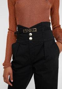 Pinko - ARIEL GABA - Pantalon classique - black - 5