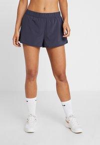Nike Performance - FLEX - Pantalón corto de deporte - gridiron - 0
