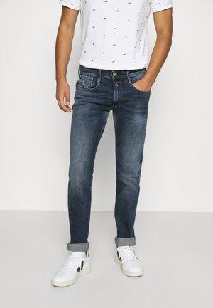 ANBASS - Straight leg jeans - dark blue denim