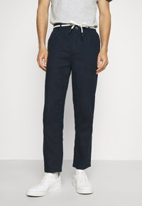 TOM TAILOR DENIM - RELAXED MIX - Chinos - sky captain blue - 0