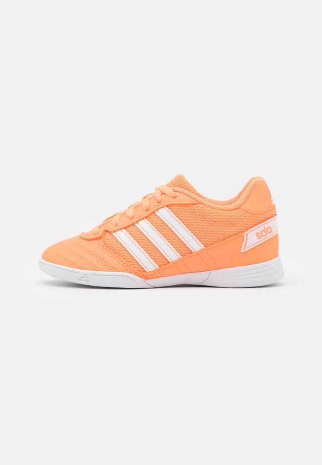 SUPER SALA UNISEX - Halówki - orange/footwear white