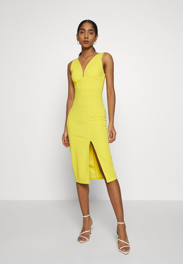 V NECK MIDI DRESS WITH CUPS - Sukienka koktajlowa - yellow
