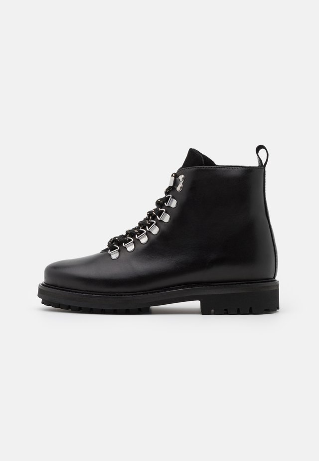 PSSANARA BOOT - Bottines à lacets - black
