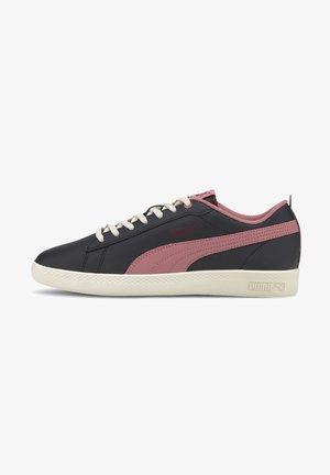 SMASH - Trainers - black-foxglove-burgundy-whi