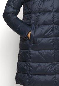 Barbour - TEASEL QUILT - Zimní kabát - dark navy - 5