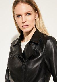 comma - Faux leather jacket - black - 3