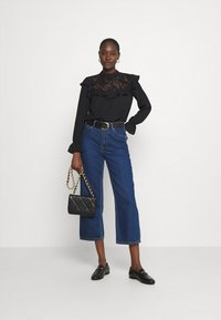 Wallis - RUFFLE - Long sleeved top - black - 1