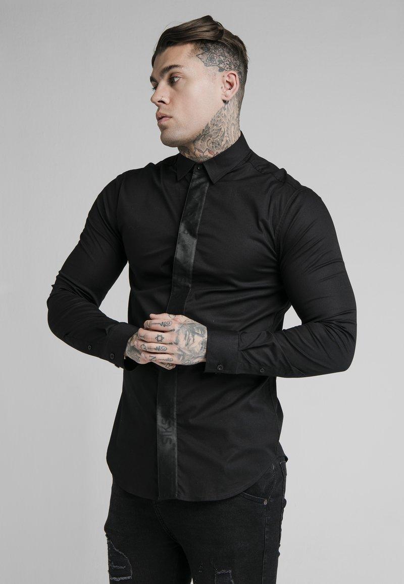 SIKSILK - Camicia - black