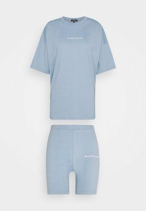 CYCLING SHORT SET - Shorts - blue