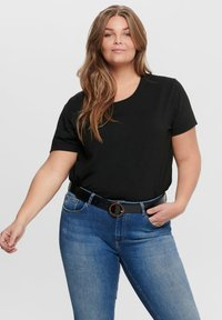 ONLY Carmakoma - CURVY - T-shirts - black - 0
