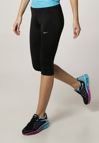 Nike Performance - TECH CAPRIS - Collants - black/reflective silver - 1