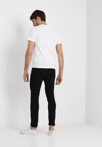 Pier One - T-shirt - bas - white - 2