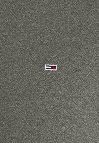 Tommy Jeans - JASPE NECK - Basic T-shirt - dark olive - 2
