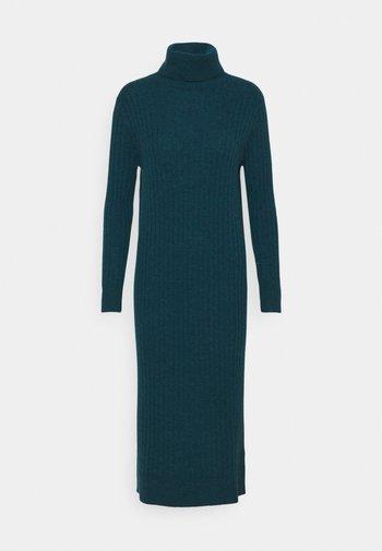 TURTLENECK MAXI DRESS - Jumper dress - forest blue